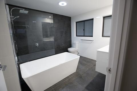 bathroom renovation builder buddina